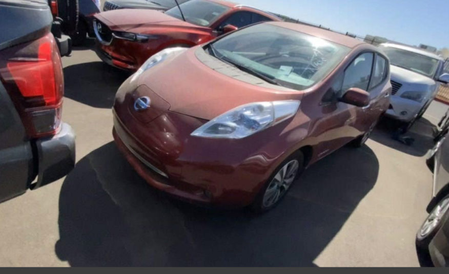 This 2013 Nissan Leaf SL Thinks it's a 2017 and goes 100mi on a charge